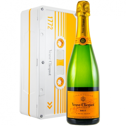 Veuve Clicquot Ponsardin Brut Yellow Tape